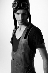 http://skingraftdesigns.com/assets/2009/9/24/Leather_Vest_1_medium.jpg