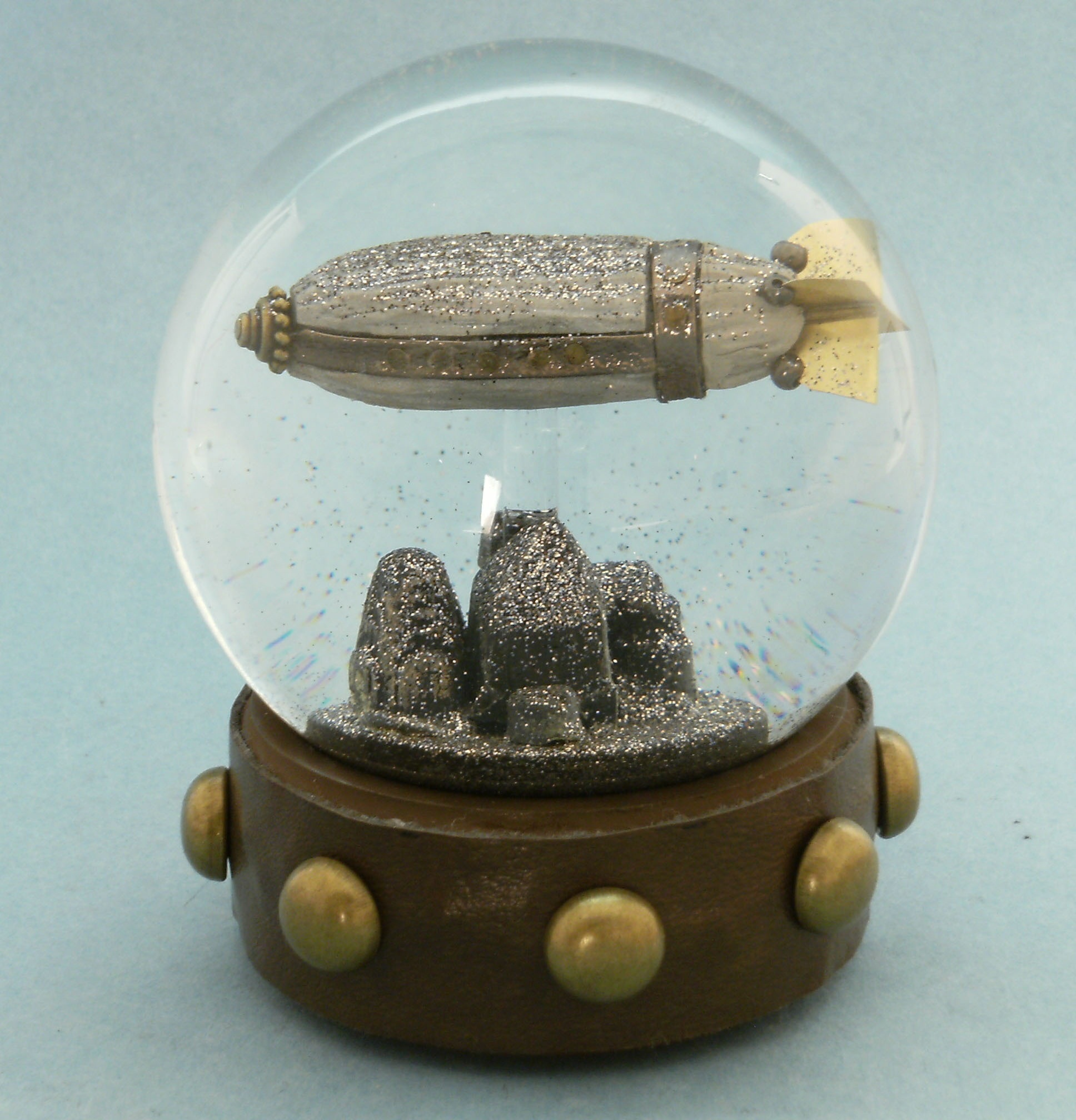 Steampunk Snow Globes by Maeve Alpin   STEAMED!